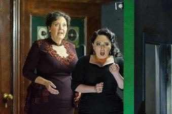 ENO-1718-Rodelinda-Susan-Bickley-Rebecca-Evans-c-Jane-Hobson