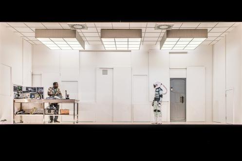 (l-r) Fode Simbo & Polly Frame-SOLARIS-P-Mihaela Bodlovic